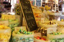 Nyons market – bonbons